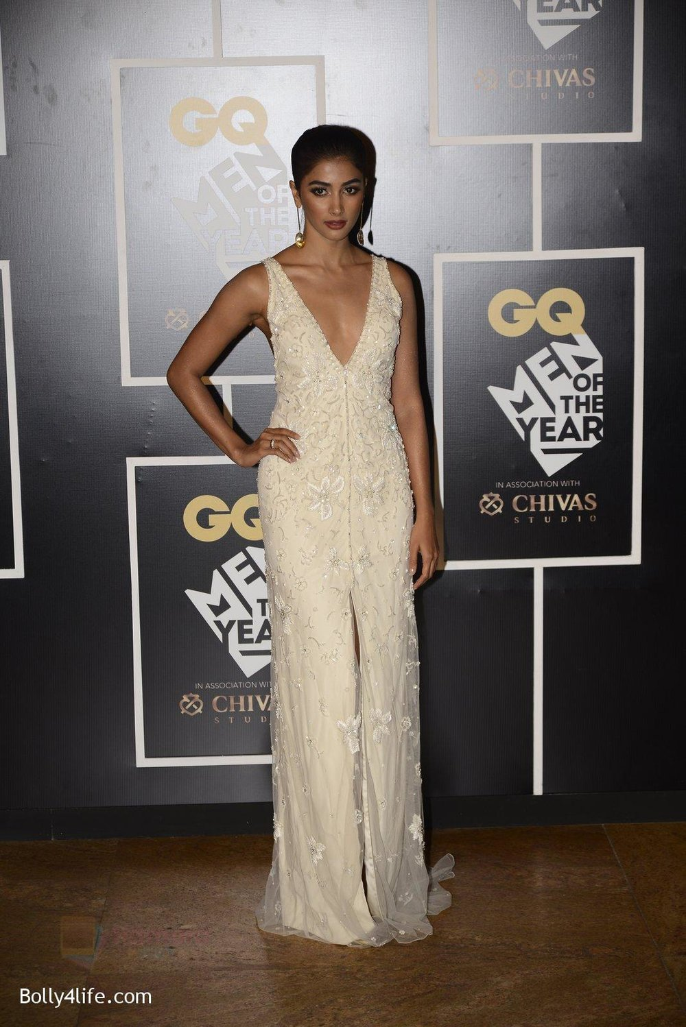 Pooja-Hegde-at-GQ-MEN-OF-THE-YEAR-on-27th-Sept-2016-1006.jpg
