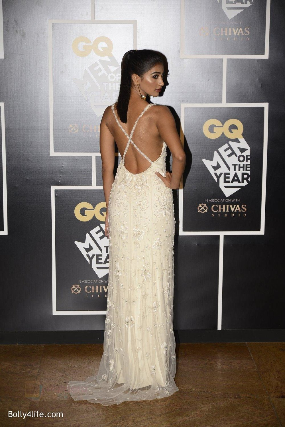 Pooja-Hegde-at-GQ-MEN-OF-THE-YEAR-on-27th-Sept-2016-1009.jpg