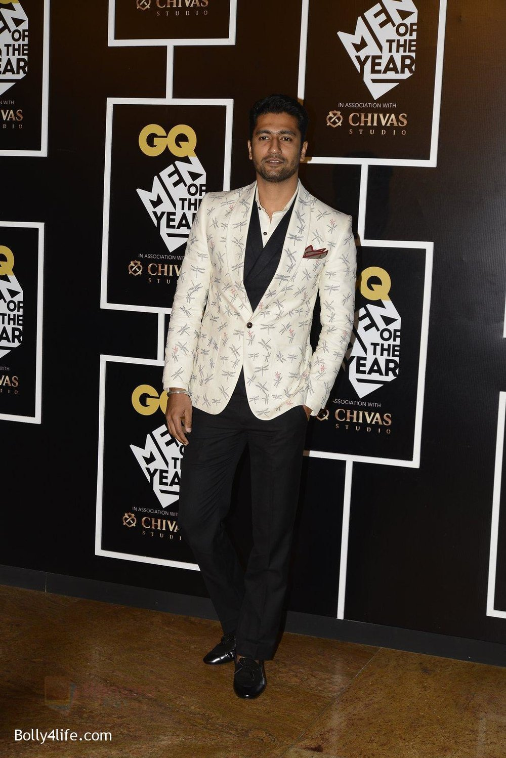 Vicky-Kaushal-at-GQ-MEN-OF-THE-YEAR-on-27th-Sept-2016-785.jpg