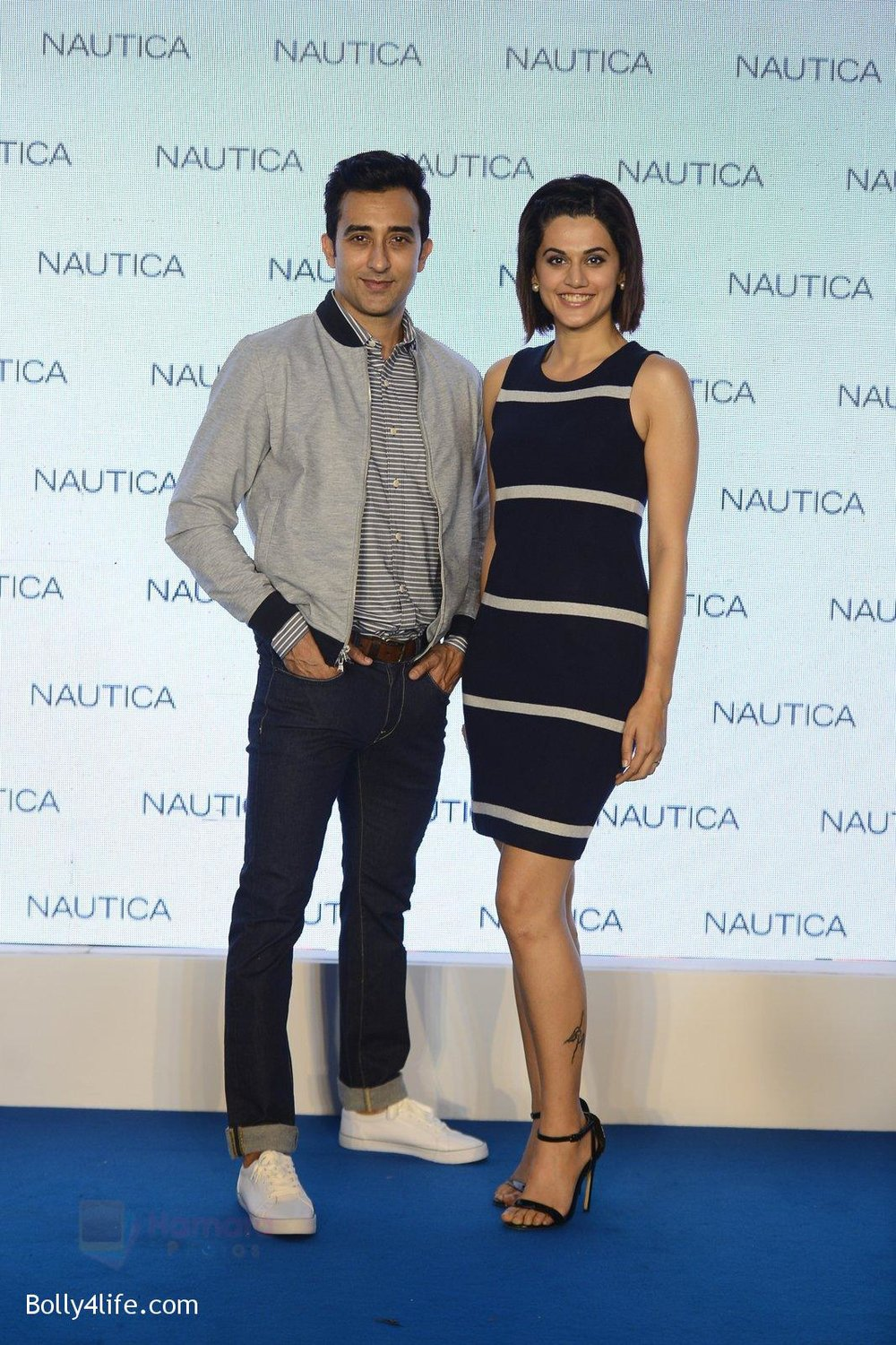 Taapsee-pannu-and-rahul-khanna-at-nautica-event-on-28th-Sept-2016-42.jpg