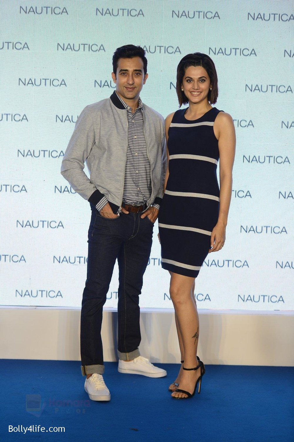 Taapsee-pannu-and-rahul-khanna-at-nautica-event-on-28th-Sept-2016-43.jpg