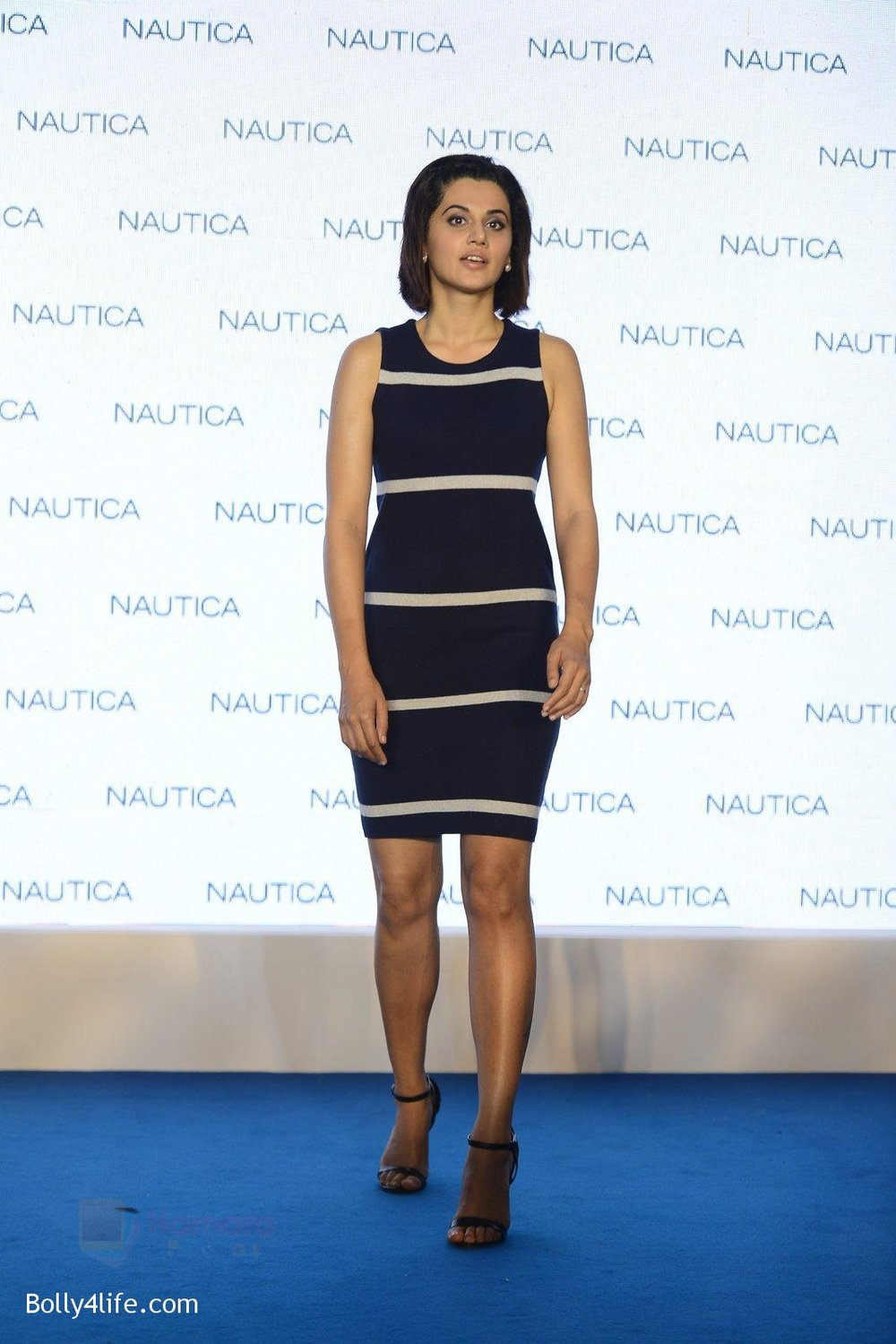 Taapsee-pannu-at-nautica-event-on-28th-Sept-2016-3.jpg