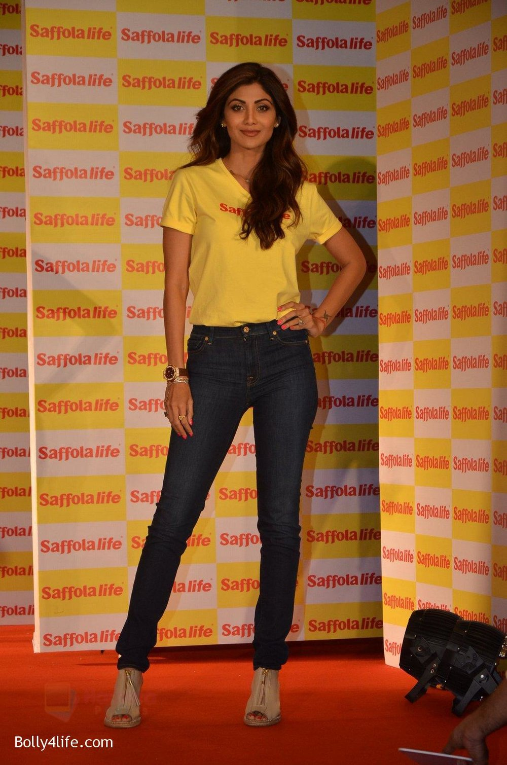 Shilpa-Shetty-during-the-World-Heart-Day-program-organized-by-Saffola-Life-in-Mumbai-on-28th-Sept-2016-11.jpg