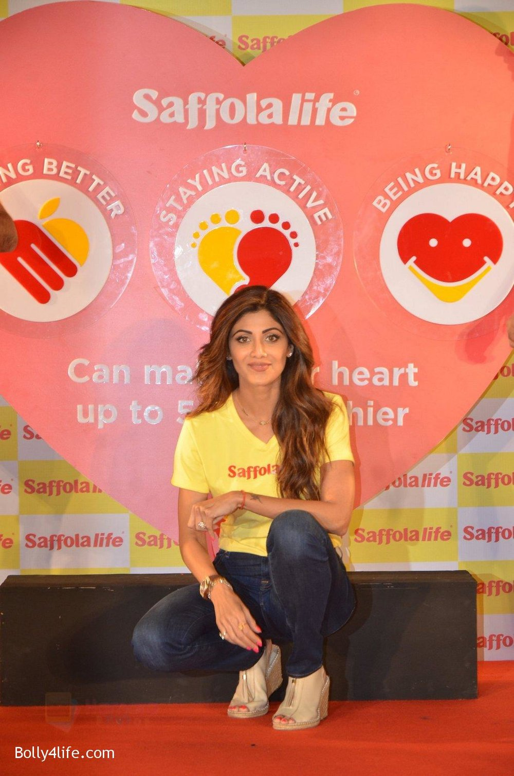 Shilpa-Shetty-during-the-World-Heart-Day-program-organized-by-Saffola-Life-in-Mumbai-on-28th-Sept-2016-17.jpg