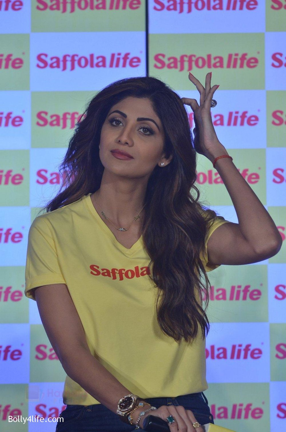 Shilpa-Shetty-during-the-World-Heart-Day-program-organized-by-Saffola-Life-in-Mumbai-on-28th-Sept-2016-60.jpg