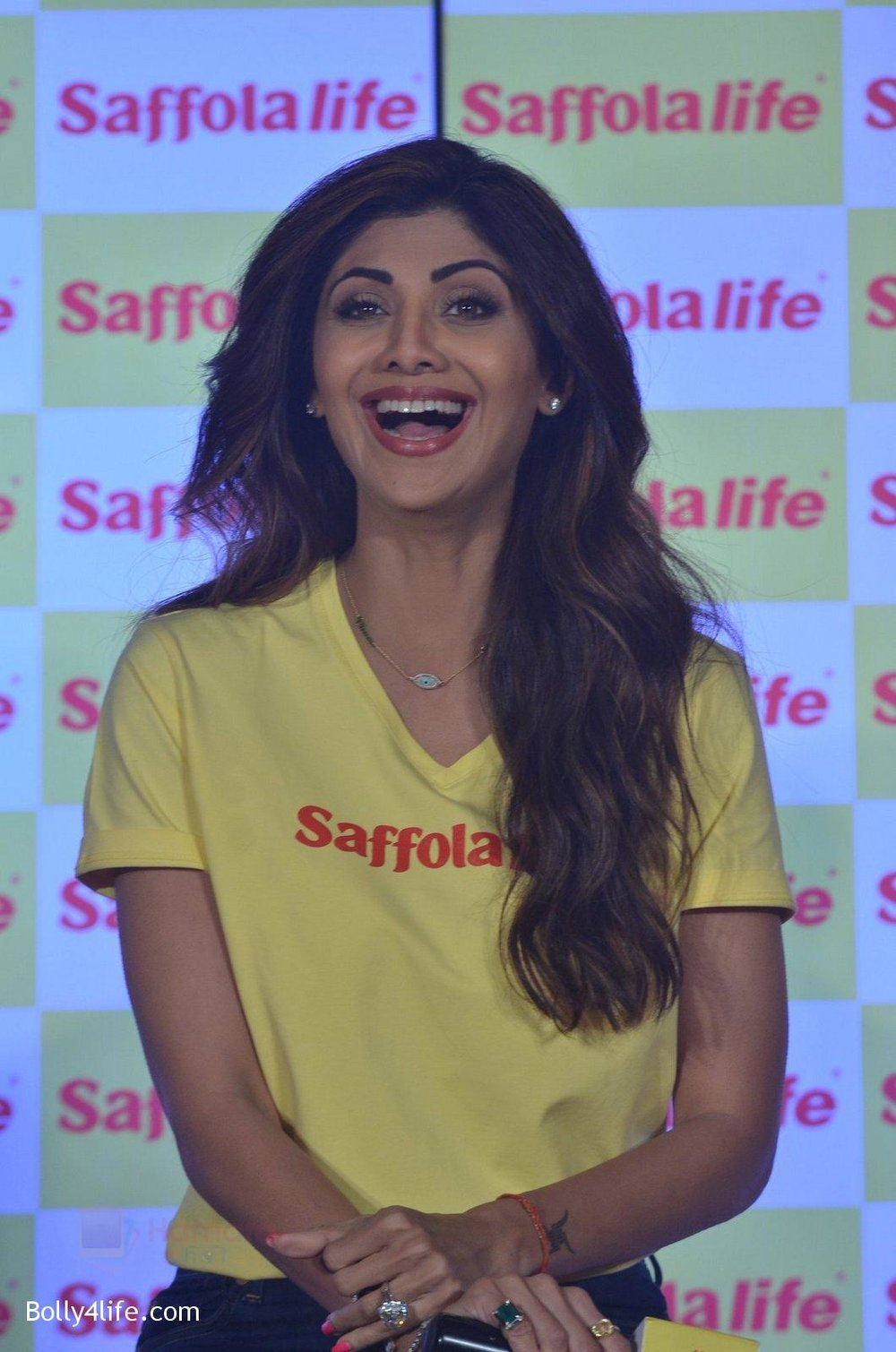 Shilpa-Shetty-during-the-World-Heart-Day-program-organized-by-Saffola-Life-in-Mumbai-on-28th-Sept-2016-62_57ec050b447c1.jpg