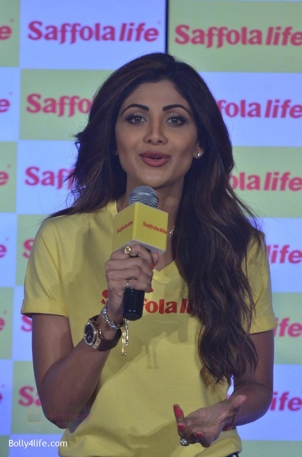 Shilpa-Shetty-during-the-World-Heart-Day-program-organized-by-Saffola-Life-in-Mumbai-on-28th-Sept-2016-70.jpg