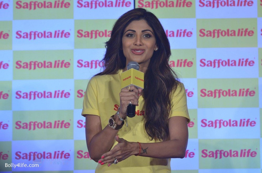 Shilpa-Shetty-during-the-World-Heart-Day-program-organized-by-Saffola-Life-in-Mumbai-on-28th-Sept-2016-72.jpg