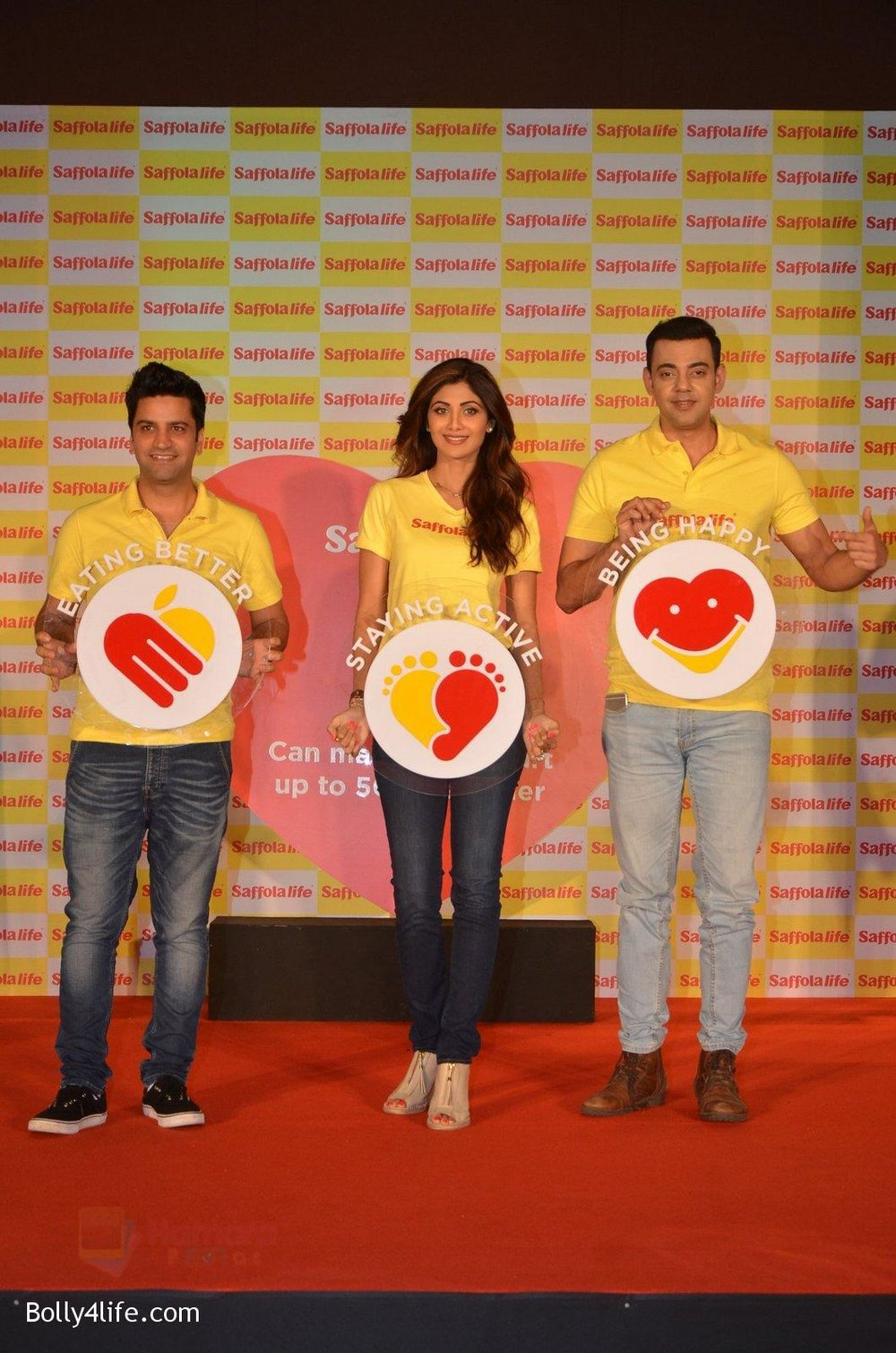Shilpa-Shetty-Kunal-Kapur-Cyrus-Sahukar-during-the-World-Heart-Day-program-organized-by-Saffola-Life-in-Mumbai-on-28th-Sept-2016-51.jpg