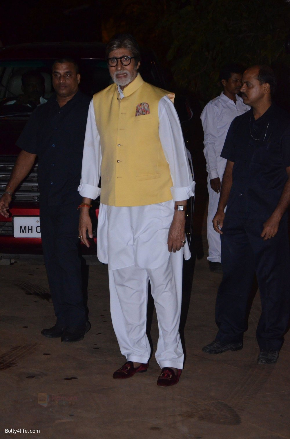 Amitabh-Bachchan-at-Reema-jain-bday-party-in-Amadeus-NCPA-on-28th-Sept-2016-949.jpg
