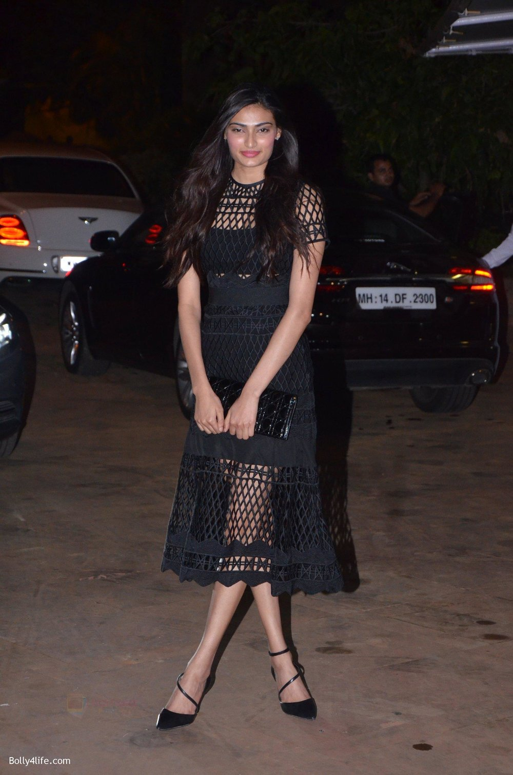 Athiya-Shetty-at-Reema-jain-bday-party-in-Amadeus-NCPA-on-28th-Sept-2016-897.jpg