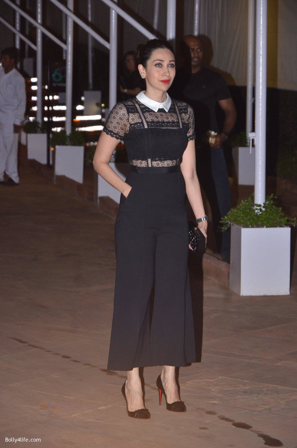 Karisma-Kapoor-at-Reema-jain-bday-party-in-Amadeus-NCPA-on-28th-Sept-2016-745.jpg