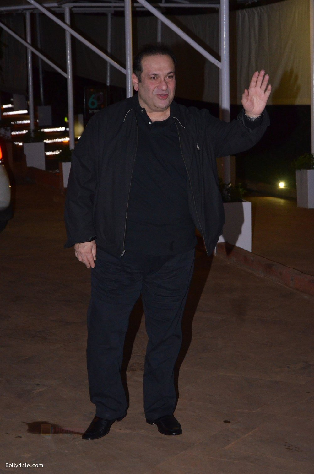 Rajiv-Kapoor-at-Reema-jain-bday-party-in-Amadeus-NCPA-on-28th-Sept-2016-969.jpg