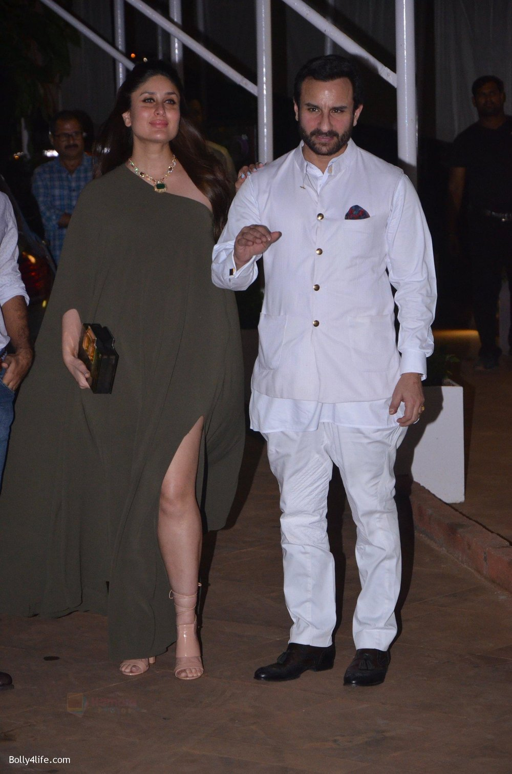 Saif-Ali-Khan-Kareena-Kapoor-at-Reema-jain-bday-party-in-Amadeus-NCPA-on-28th-Sept-2016-859.jpg