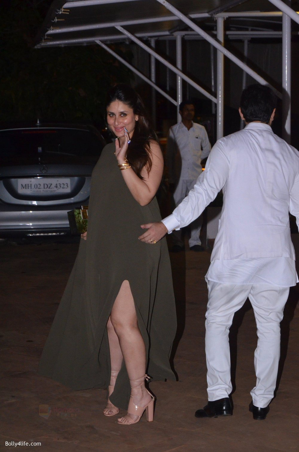 Saif-Ali-Khan-Kareena-Kapoor-at-Reema-jain-bday-party-in-Amadeus-NCPA-on-28th-Sept-2016-877.jpg