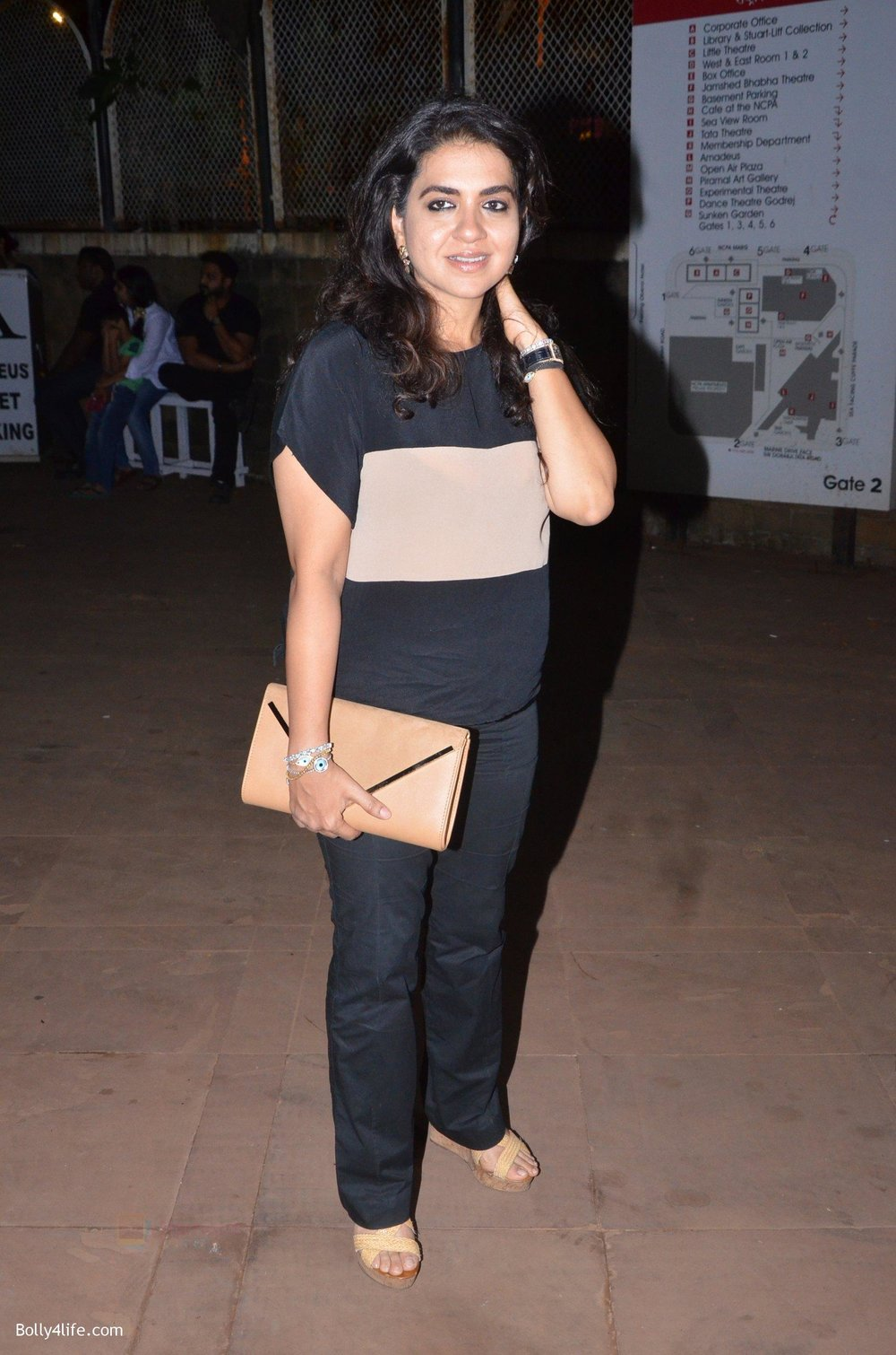 Shaina-NC-at-Reema-jain-bday-party-in-Amadeus-NCPA-on-28th-Sept-2016-1000.jpg