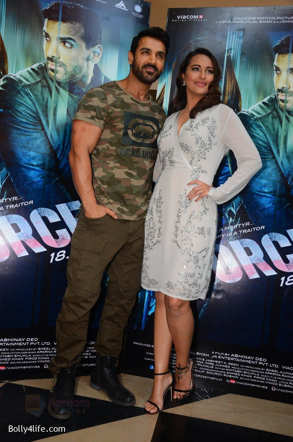 John-Abraham-Sonakshi-Sinha-at-Force-2-trailer-launch-in-Mumbai-on-29th-Sept-2016-220.jpg