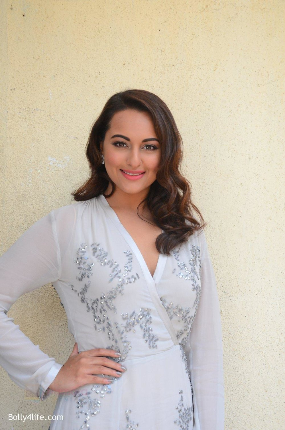 Sonakshi-Sinha-at-Force-2-trailer-launch-in-Mumbai-on-29th-Sept-2016-331.jpg