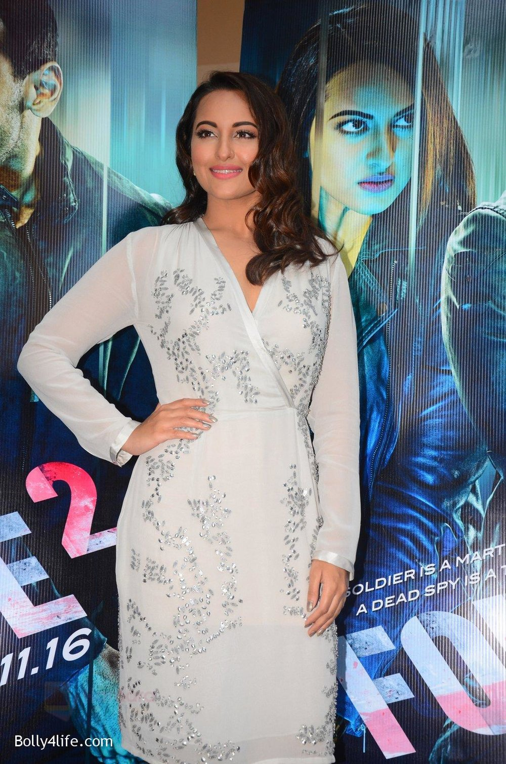 Sonakshi-Sinha-at-Force-2-trailer-launch-in-Mumbai-on-29th-Sept-2016-351.jpg