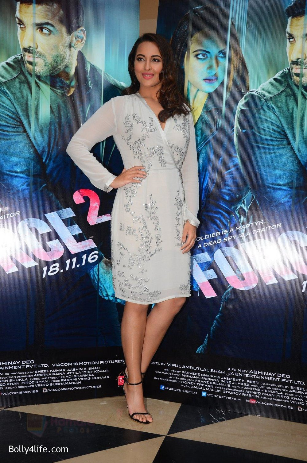 Sonakshi-Sinha-at-Force-2-trailer-launch-in-Mumbai-on-29th-Sept-2016-356.jpg