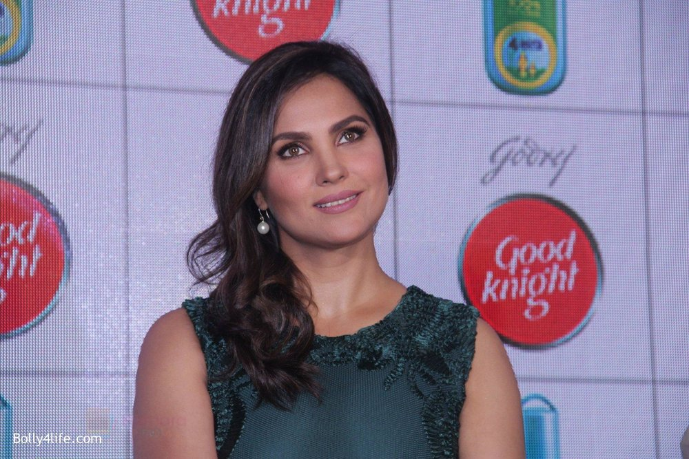 Lara-Dutta-promotes-Good-Night-on-29th-Sept-2016-9.jpg