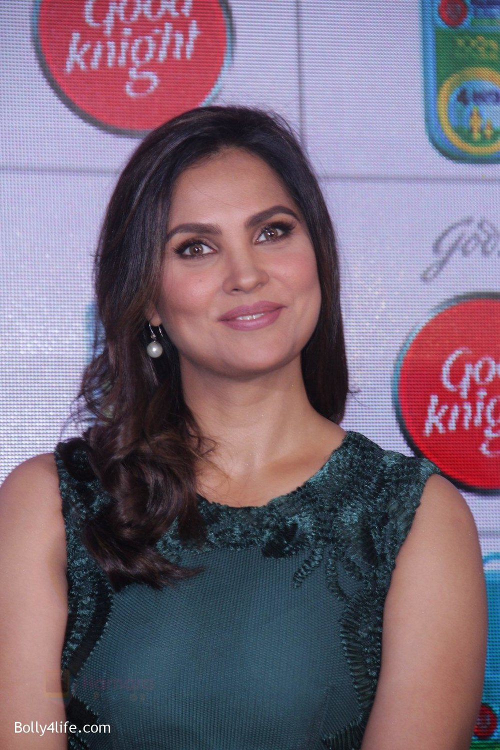 Lara-Dutta-promotes-Good-Night-on-29th-Sept-2016-16.jpg