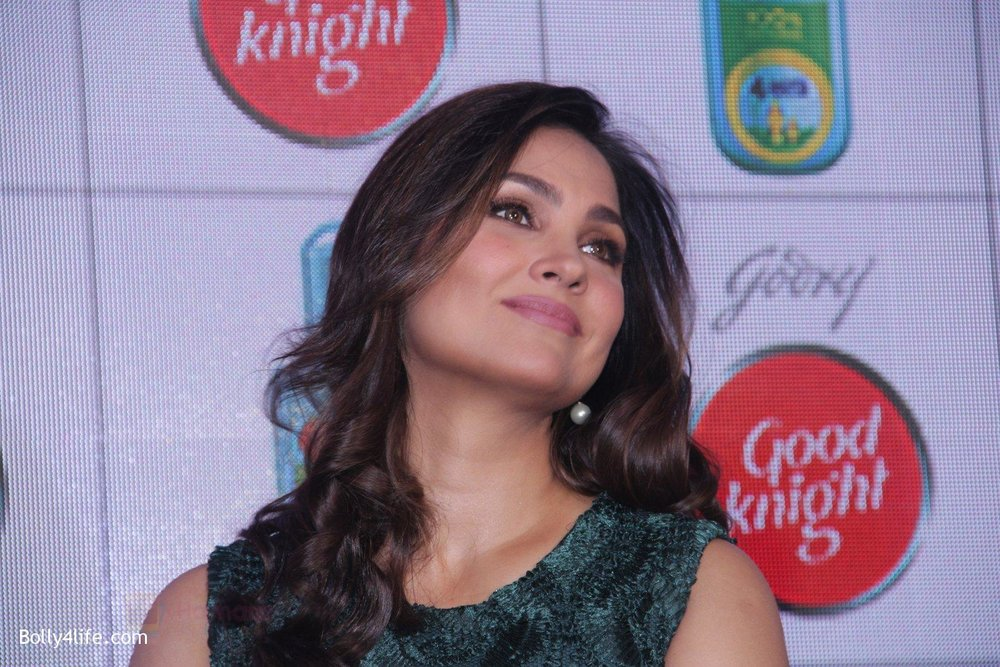 Lara-Dutta-promotes-Good-Night-on-29th-Sept-2016-20.jpg
