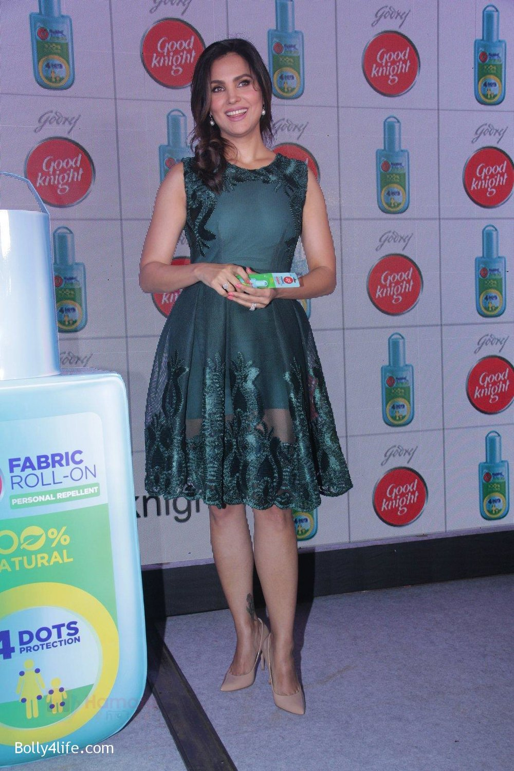 Lara-Dutta-promotes-Good-Night-on-29th-Sept-2016-35.jpg