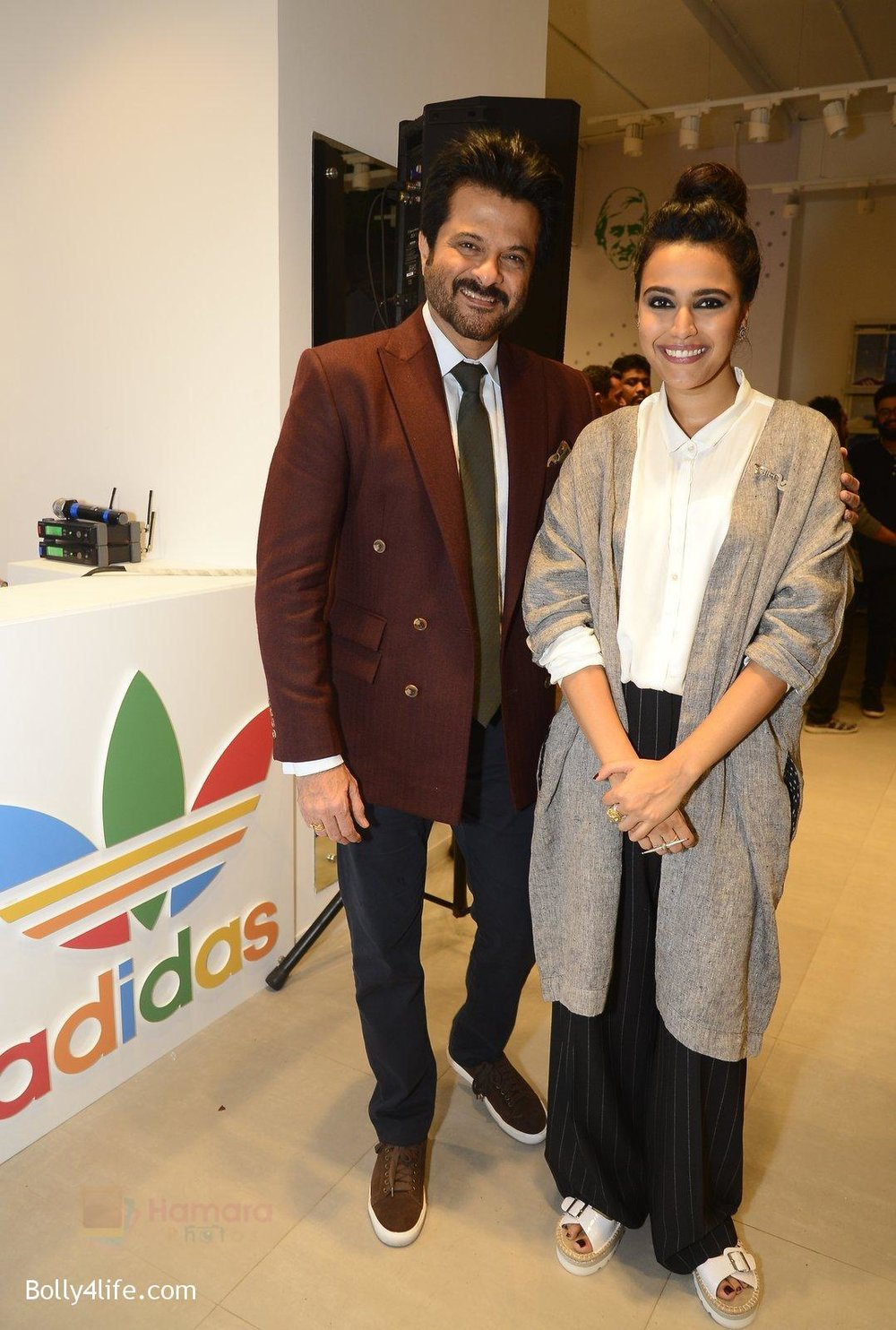 Anil-Kapoor-Swara-Bhaskar-at-Adidas-Event-in-Mumbai-on-30th-Sept-2016-38.jpg