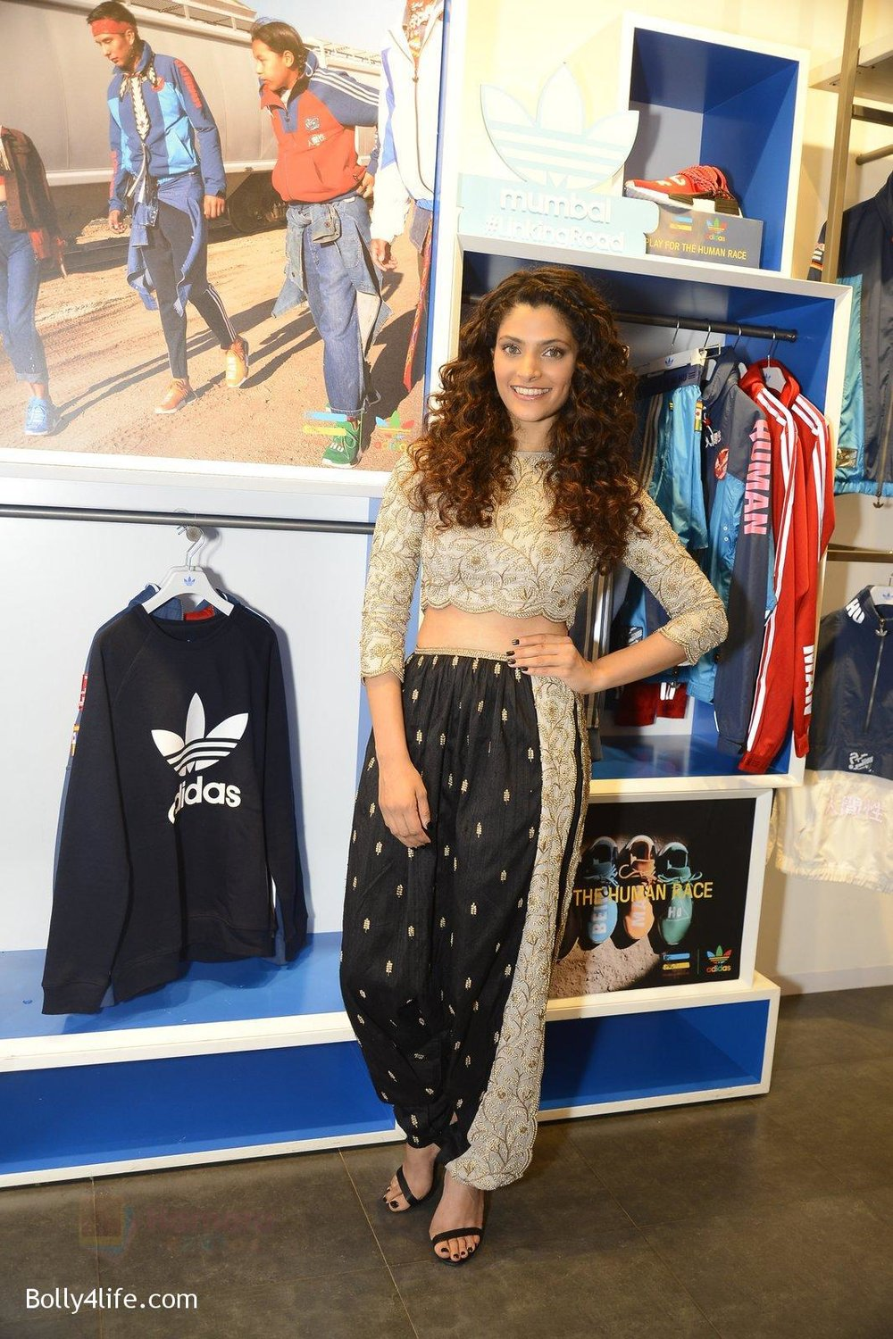 Saiyami-Kher-at-Adidas-Event-in-Mumbai-on-30th-Sept-2016-42.jpg