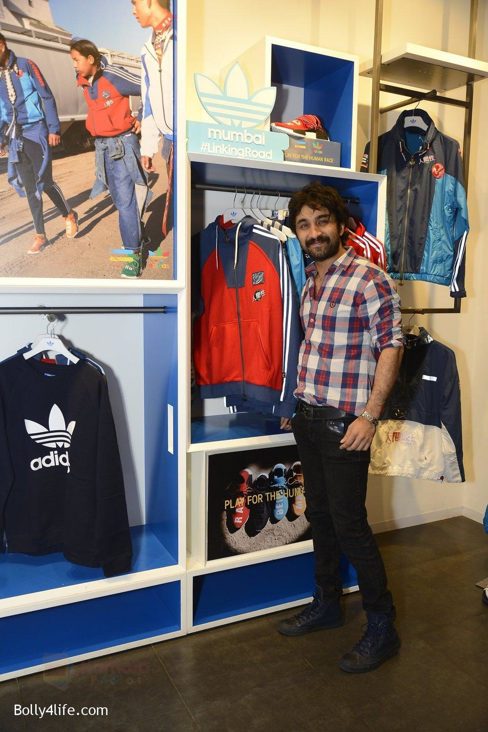 Siddanth-Kapoor-at-Adidas-Event-in-Mumbai-on-30th-Sept-2016-27.jpg