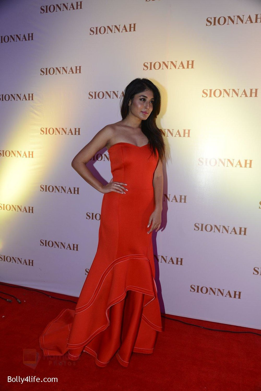 Kritika-Kamra-at-sionnah-store-launch-on-1st-Oct-2016-44.jpg