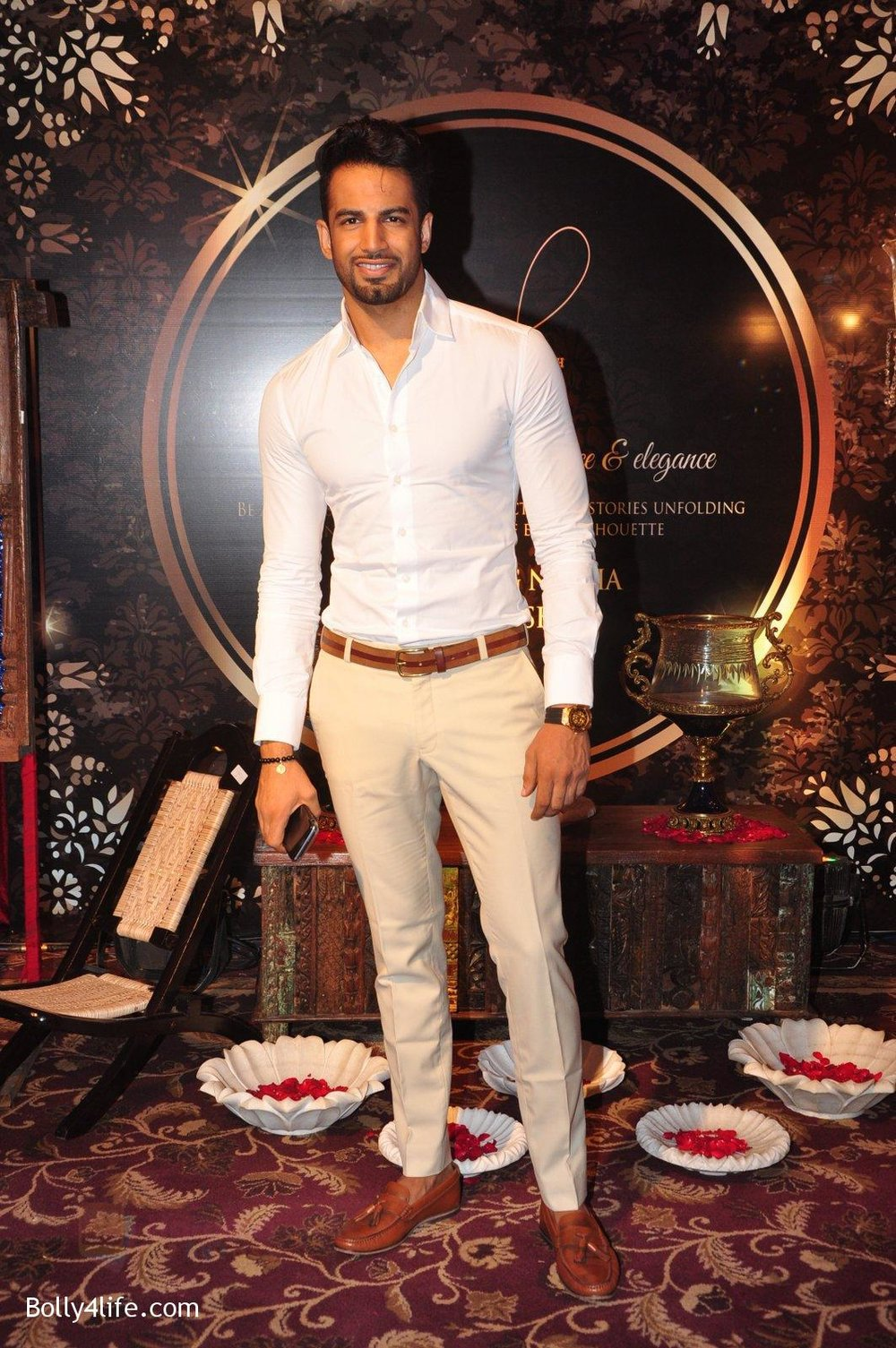 Upen-Patel-at-Naafia-Naazish-exhibition-on-1st-Oct-2016-25.jpg