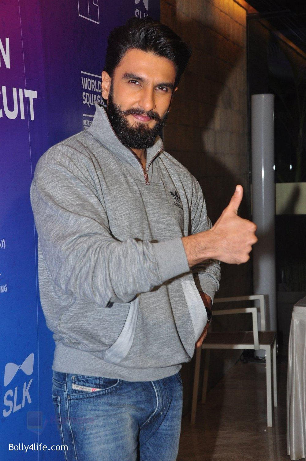 Ranveer-Singh-at-JSW-awards-function-on-2nd-Oct-2016-14.jpg