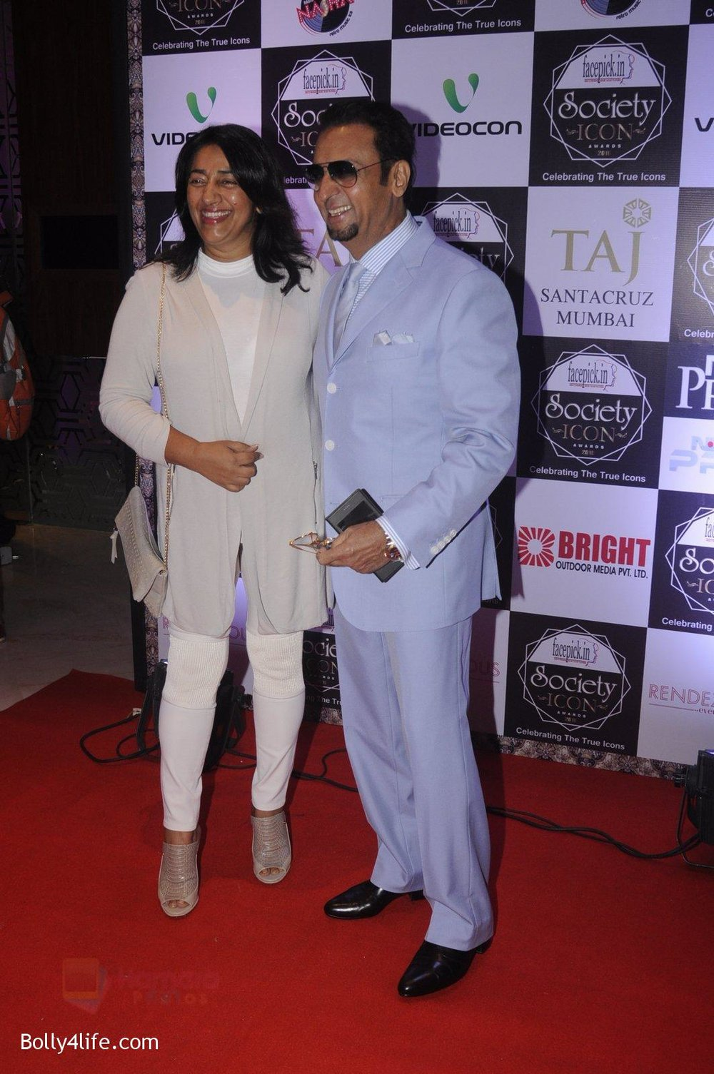 Gulshan-Grover-at-Society-Icon-Awards-on-2nd-Oct-2016-35.jpg