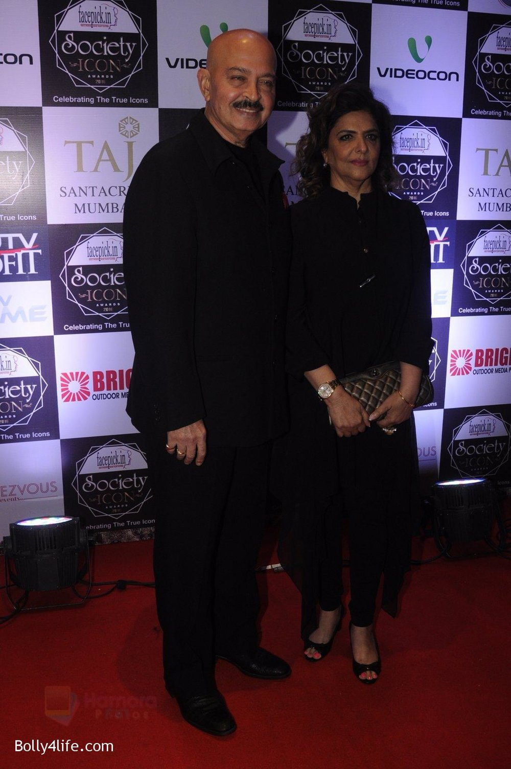 Rakesh-Roshan-at-Society-Icon-Awards-on-2nd-Oct-2016-51.jpg
