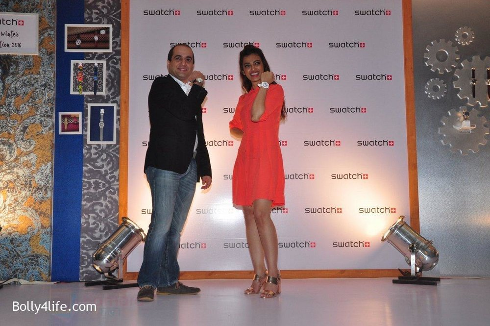 Radhika-Apte-at-Swatch-event-in-J-W-Marriott-on-4th-Oct-2016-2.jpg