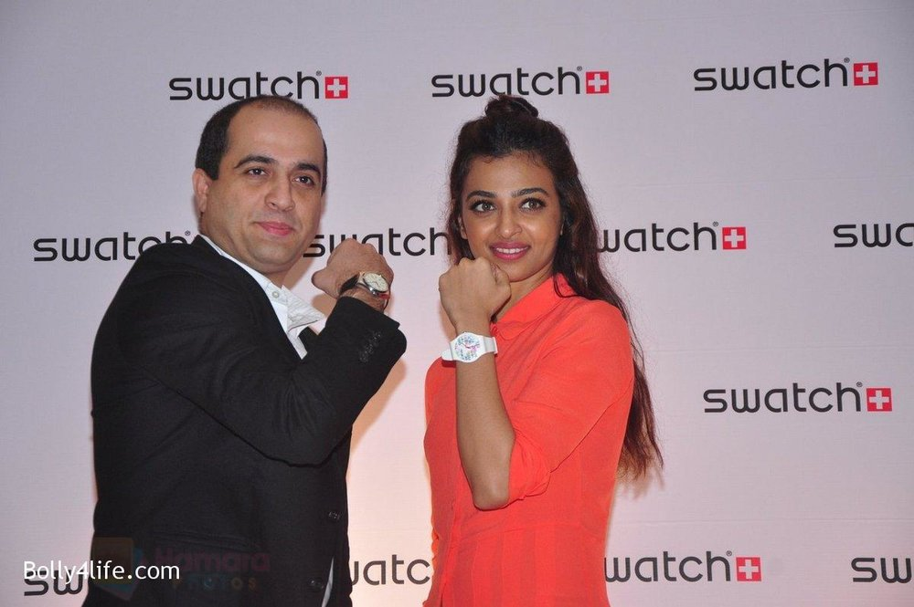 Radhika-Apte-at-Swatch-event-in-J-W-Marriott-on-4th-Oct-2016-3.jpg