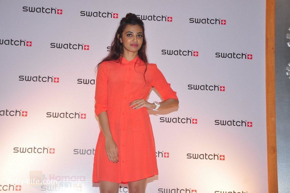 Radhika-Apte-at-Swatch-event-in-J-W-Marriott-on-4th-Oct-2016-4.jpg