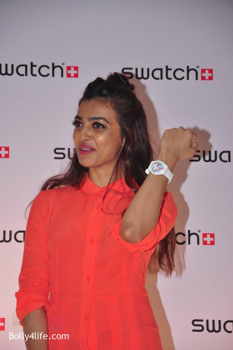 Radhika-Apte-at-Swatch-event-in-J-W-Marriott-on-4th-Oct-2016-5.jpg