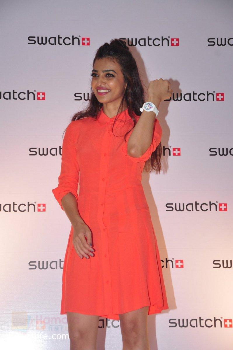 Radhika-Apte-at-Swatch-event-in-J-W-Marriott-on-4th-Oct-2016-6.jpg