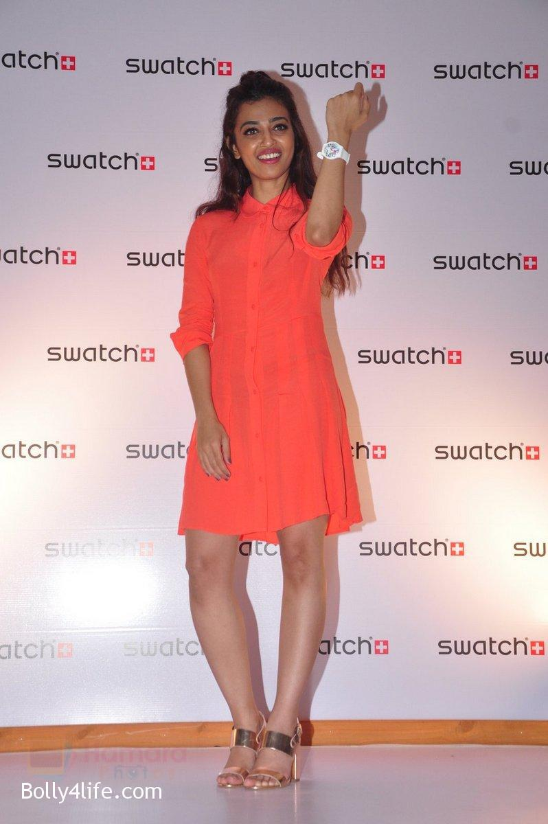Radhika-Apte-at-Swatch-event-in-J-W-Marriott-on-4th-Oct-2016-7.jpg