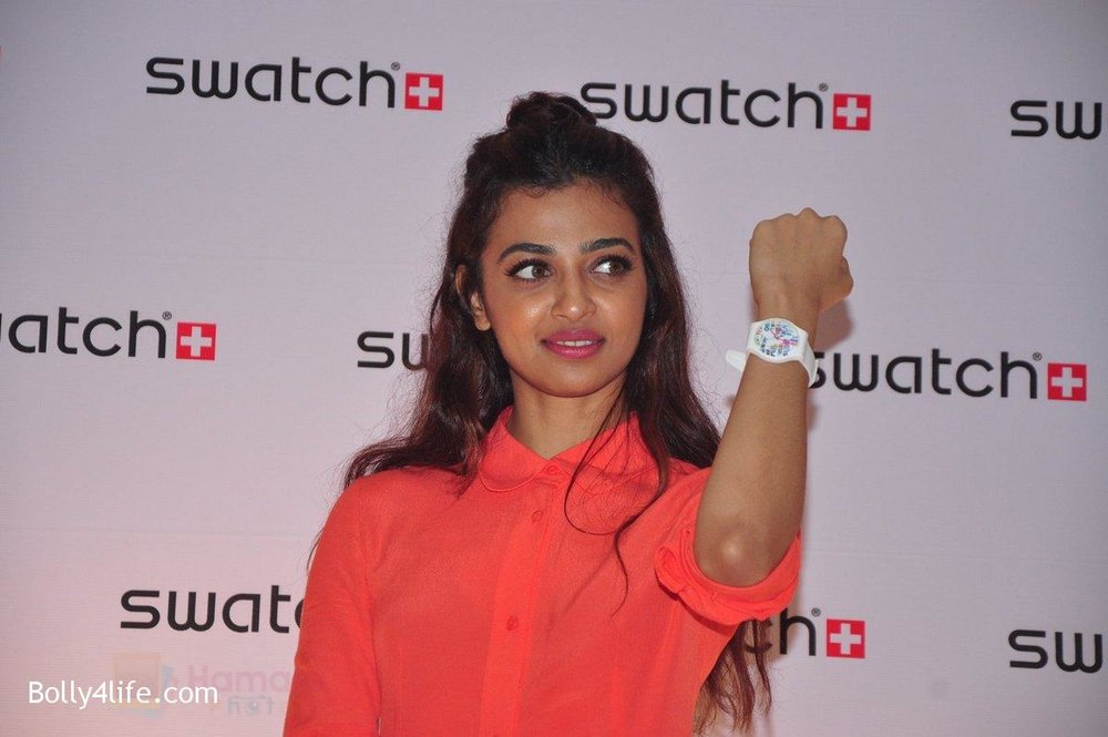 Radhika-Apte-at-Swatch-event-in-J-W-Marriott-on-4th-Oct-2016-8.jpg
