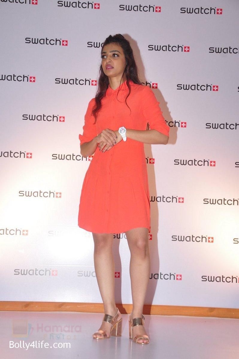 Radhika-Apte-at-Swatch-event-in-J-W-Marriott-on-4th-Oct-2016-10.jpg
