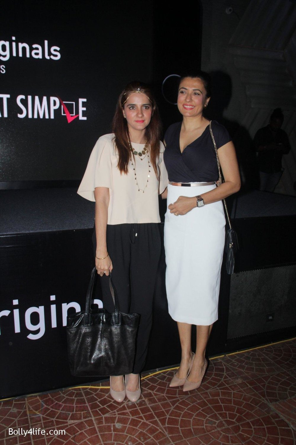 Shruti-Seth-Mini-Mathur-at-the-screening-of-It's-Not-That-Simple-on-3rd-Oct-2016-19.jpg