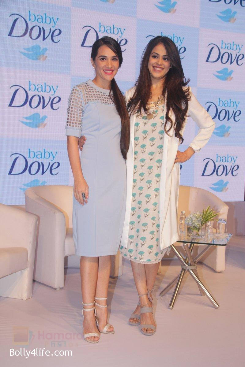 Genelia-D-Souza-and-Tara-Sharma-at-launch-of-Baby-Dove-in-India-on-4th-Oct-2016-66.jpg