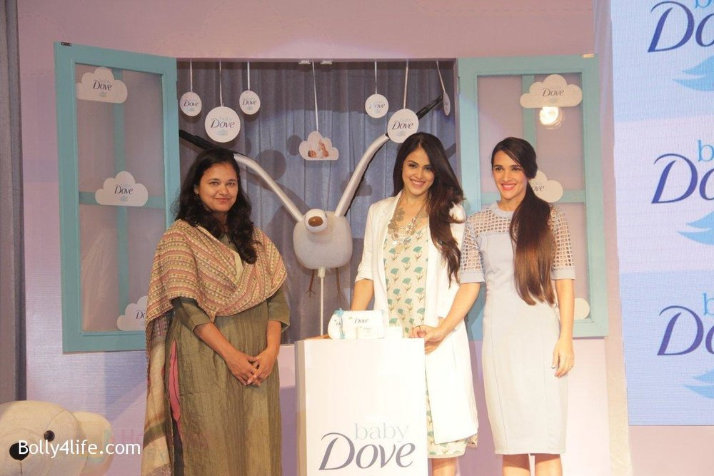 Genelia-D-Souza-and-Tara-Sharma-at-launch-of-Baby-Dove-in-India-on-4th-Oct-2016-71.jpg