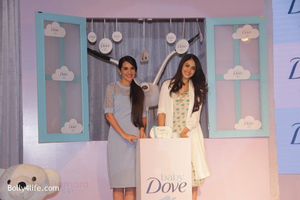 Genelia-D-Souza-and-Tara-Sharma-at-launch-of-Baby-Dove-in-India-on-4th-Oct-2016-75.jpg