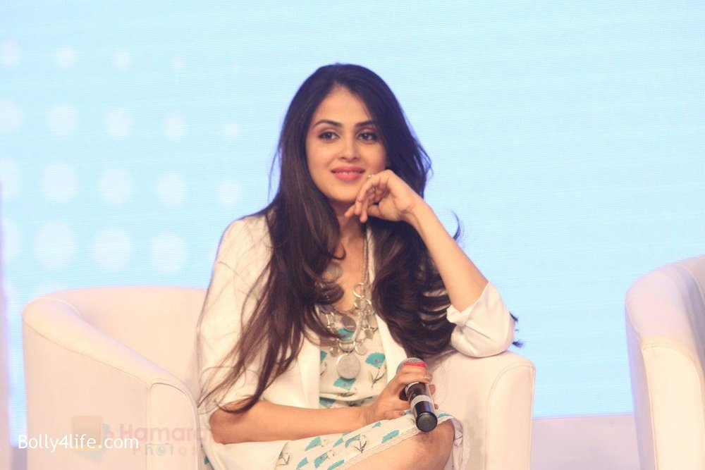 Genelia-D-Souza-at-launch-of-Baby-Dove-in-India-on-4th-Oct-2016-114.jpg
