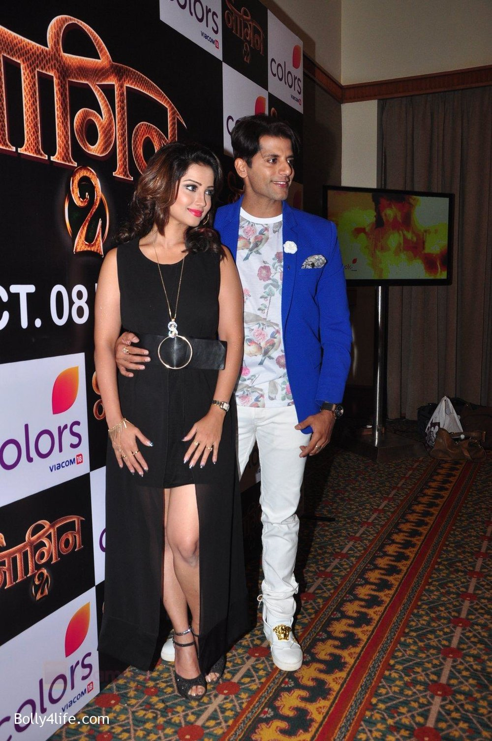 Adaa-Khan-Karanvir-Bohra-at-Naagin-2-launch-in-Mumbai-on-4th-Oct-2016-27.jpg